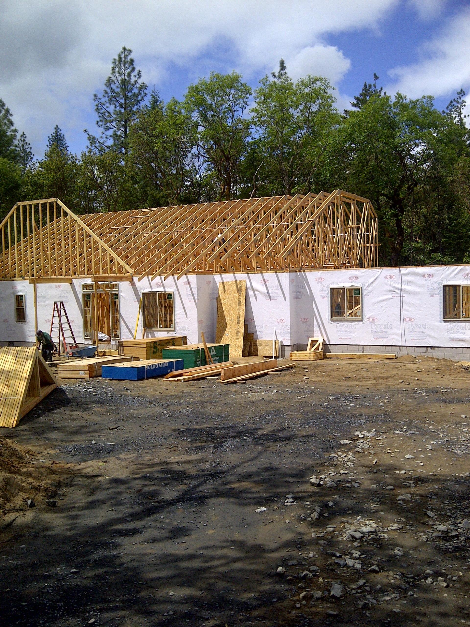 Lot 4-Paradise Vista roofline taking shape