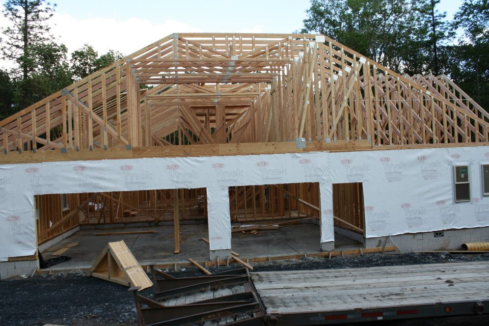 Lot 4 view of 3 car garage bonus room above valerian for Bonus room truss design