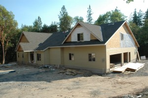 Paradise Vista lot 4-Hardie fiber-concrete siding up